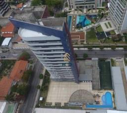 Título do anúncio: Apartamento com 3 dormitórios à venda, 243 m² por R$ 1.300.000,00 - Patriolino Ribeiro - F