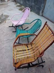 Título do anúncio: 3 Cadeiras de balanço , para criança,  só levar