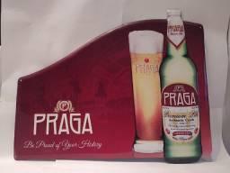 Título do anúncio: Placa Metálica Importada da Cervejaria Praga da Rep. Tcheca Alto Relevo Bier Beer