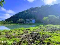 Título do anúncio: Fazenda/Sítio/Chácara para venda tem 200 metros quadrados com 4 quartos
