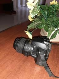 Câmera fotográfica semi nova marca Nikon