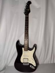 Título do anúncio: Stratocaster Eagle + capa + cabo P10 de 9 metros