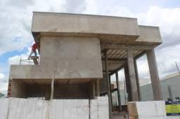 Título do anúncio: Sobrado construção em condomínio, para venda tem 371 metros quadrados com 4 suítes!!