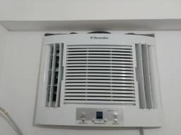 Ar condicionado 7500 BTUs Eletrolux