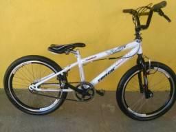 Bicicleta aro 20 bmx freestyle