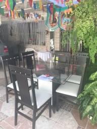 Jogo de Jantar com 4 Cadeiras