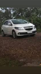 Chevrolet Onix - 2014