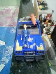 Jeep Trovão azul anos 80