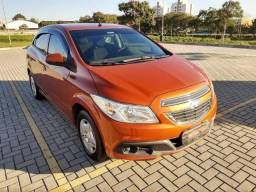 GM Onix 1.0 LT 2013 Completo 47.000 km - 2013