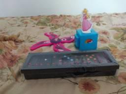 Lotinho infantil de brinquedos
