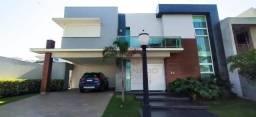 Sobrado em Condomínio Fechado com 3 suítes mais 1 quarto - Maringá/PR