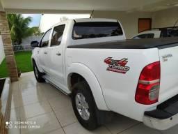 Toyota Hilux SRV 3.0 diesel, automática 4x4 - 2015