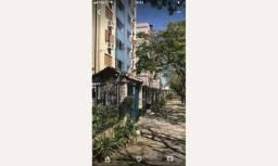 Vende Moderno Apto de 2 Dormitórios com 1 vaga e piscina R$280.000,00