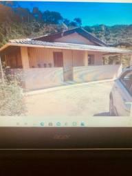 Vendo casa de sítio em Marechal Floriano , 1km do centro .