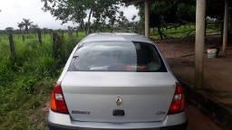 Vendo um RENAULT/CLIO 2003/2004