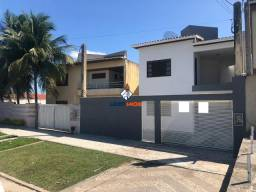 Casa no Muchila - Duplex, 5/4, 2 Suítes, Varanda, Quintal para Aluguel