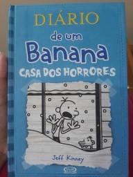 Livro da coleção diário de um banana