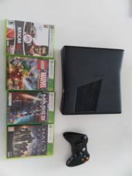 Xbox 360 com 4 Jogos