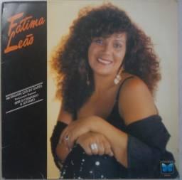 Título do anúncio: Lp Fátima Leão 1992 Me Engana Que Eu Gosto, disco de vinil