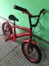 Vendo bicicleta aro 26 bem novinha