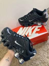 12 molas Nike