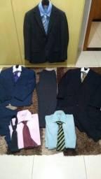 Título do anúncio: Terno completo com blazer calça, camisa e gravata, com capa.