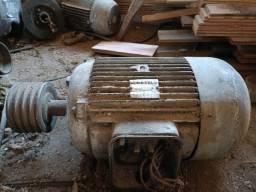 Título do anúncio: Motor Eberle 20 HP trifásico 220V/380V Baixa rotação, aceito trocas