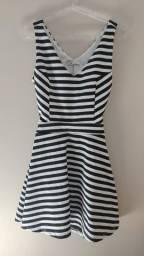 Vestido preto e branco