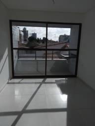 Título do anúncio: Vendo porta de varanda abre os dois lados nova