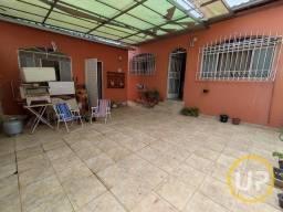 Título do anúncio: Casa - Dom Cabral - Belo Horizonte - R$ 1.800,00