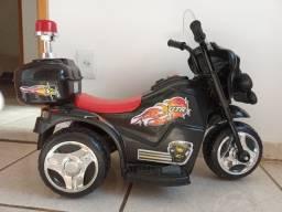 Vendo moto elétrica semi novo