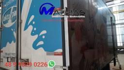 Ref 1072 Baú frigorifico 5.50m 3/4 usado sem o adesivo Mathias implementos