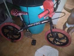 Título do anúncio: Bicicleta infantil vendo ou troco por ventilador