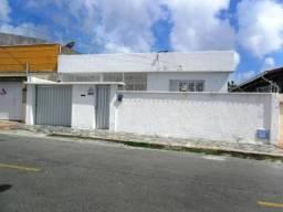 Montese Casa 180m², 3 Qrtos(sendo 1 suíte), 4 Vagas de garagem, Portão automático