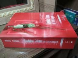 """Livro """"Cuidados Críticos de Enfermagem : uma abordagem holística"""