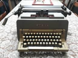 Antiguidade - Máquina de escrever Olivetto Linea 98
