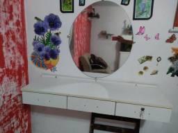 Balcão com espelho pra salao
