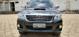Hilux 12/12 SRV R 17 - 2012