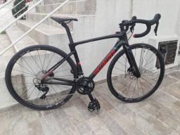 Bicicleta Specialialized Roubaix Sport
