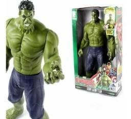 Boneco Hulk Grande Articulável Avengers Vingadores Som E Luz 30CM