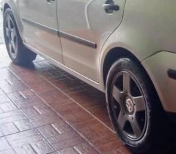 Polo sedan conservado - 2005