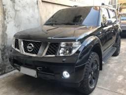 Nissan Pathfinder 2.5 LE 4x4 Diesel - 2007