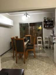 AL ,Casa em COND fechado com 02 suítes na Mário Andreazza