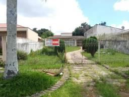 Casa com 03 dormitórios e amplo terreno - Bairro Guaíra - R$ 650.000,00