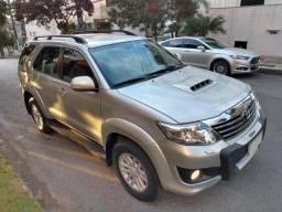 Toyota Hilux SW4 4x4 2013 3.0 Diesel Aut - 2013