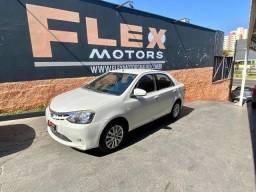 Toyota Etios Sedan 1.5 16v Xls Flex