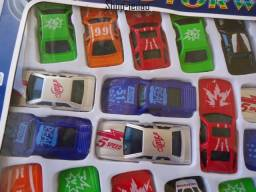 Lote de Miniaturas de Carro colecionador oferta valor do lote aproveite coleção
