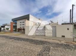 Casa em Parnamirim, bairro Monte Castelo - Com 2/4, 300m² para Venda