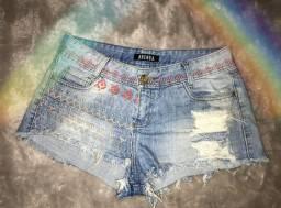 Short jeans estampado