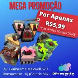 Título do anúncio: Toalhinha microfibra em formato Torta e Cupcake lindo presente e baratinho